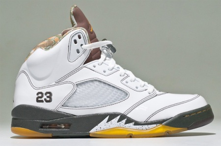 air-jordan-v-5-white-dark-cinder-dark-army-del-sol-1